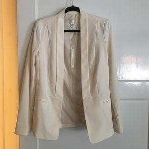 LC Lauren Conrad Long-sleeved Blazer, size 8.